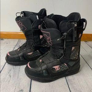 DC | Womans snowboard boots | EUC